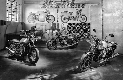 Bild zu 2008 - Moto Guzzi & PCV